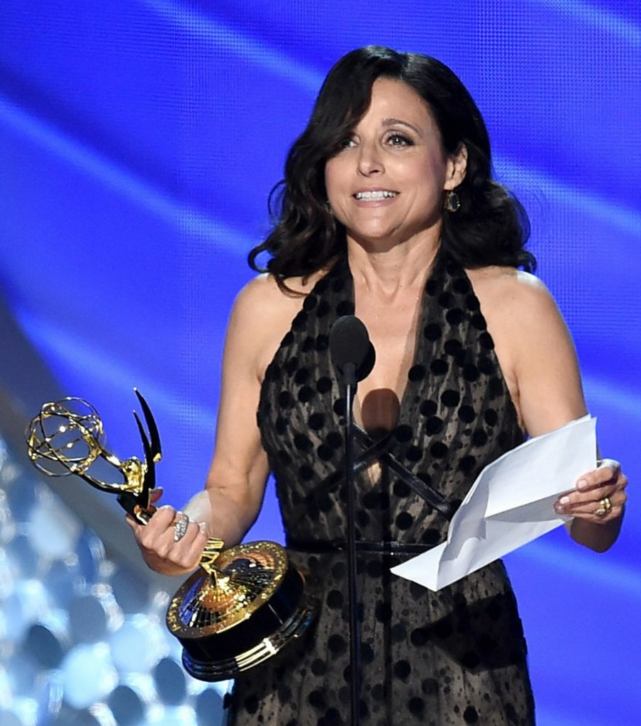 jld-wins-lead-actress-in-comedy27403mytext