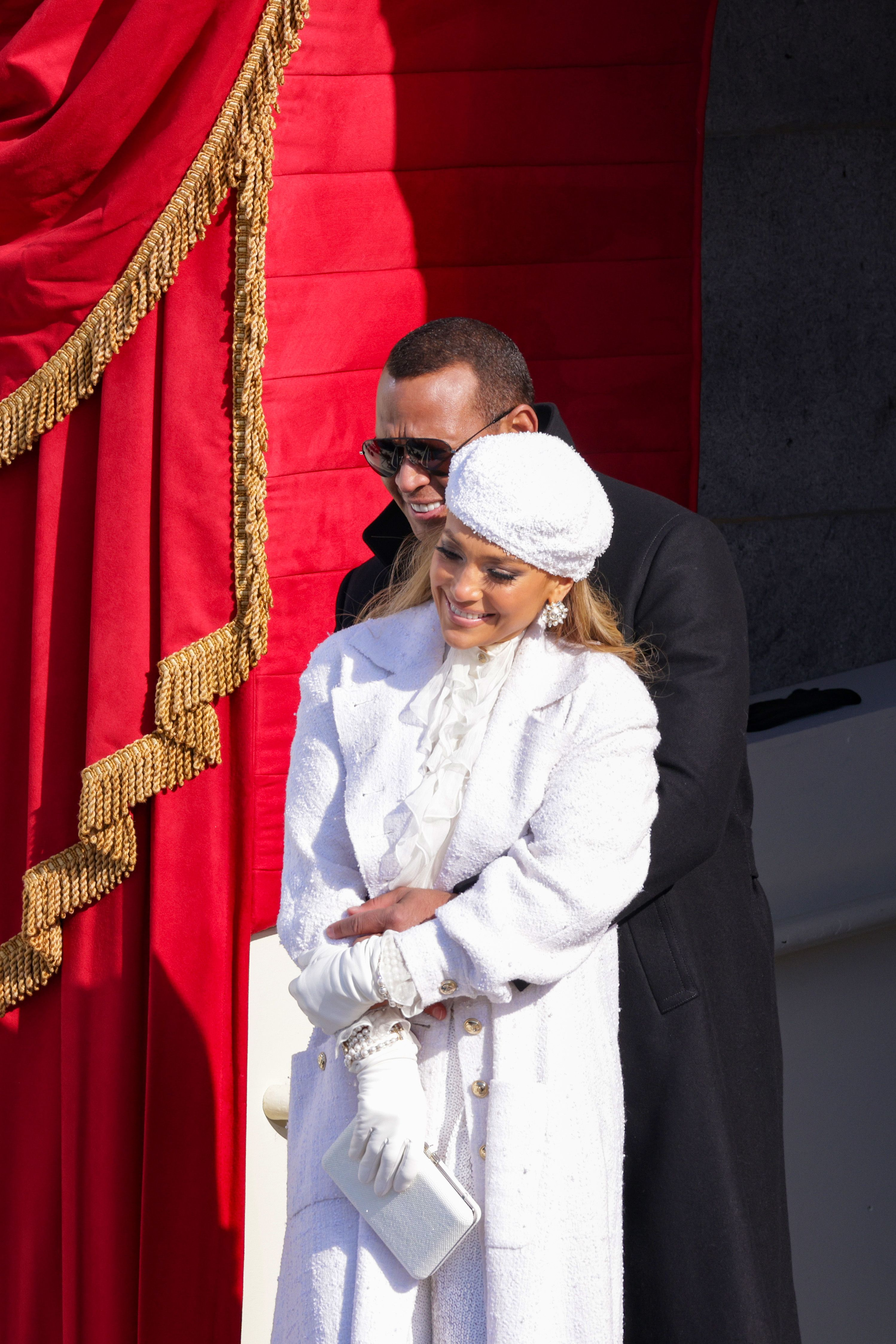 Alex Rodrigez & Jennifer Lopez in Chanel